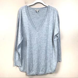 Joie Gray cashmere blend V-neck sweater large